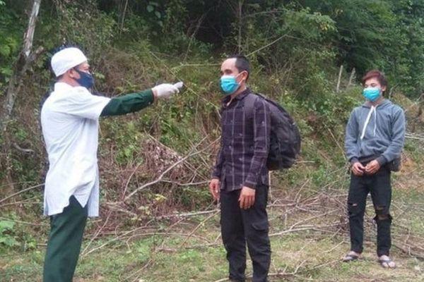 Truy tìm bốn người Trung Quốc nhập cảnh trái phép