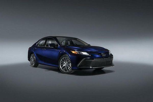 Toyota Camry 2021 lộ diện, sẽ về Việt Nam trong vài tháng tới
