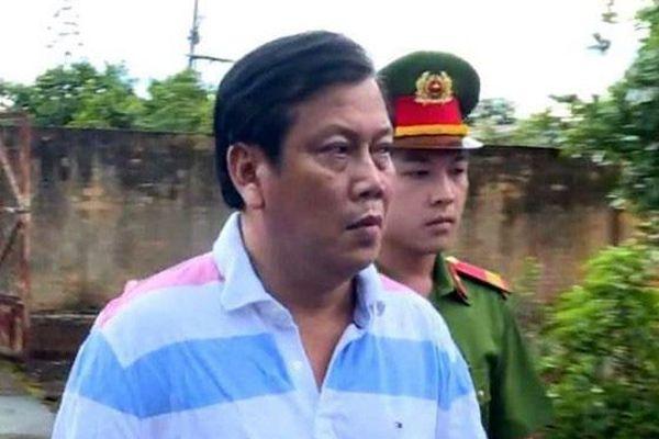Vụ 'trùm' xăng giả Trịnh Sướng: Hồ sơ vụ án 'mấy chục thùng, phải chở bằng xe tải'
