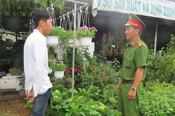 Cảnh giác tội phạm trộm cắp hoa kiểng dịp Tết