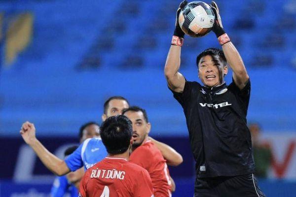 Thủ thành bị HLV Park Hang-seo 'bỏ rơi' giúp bóng đá Việt Nam được tôn vinh