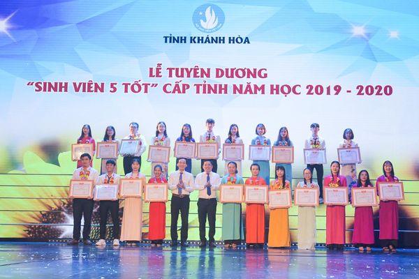 Kỷ niệm 71 năm Ngày truyền thống học sinh, sinh viên và Hội Sinh viên Việt Nam