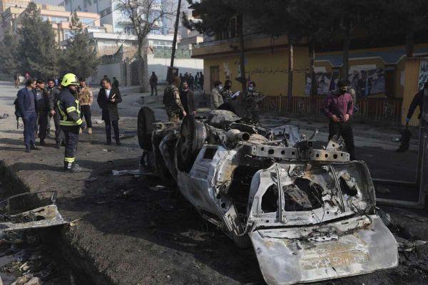 Kabul rung chuyển vì đánh bom