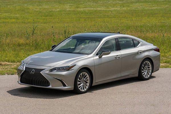 Bảng giá xe Lexus tháng 1/2021: Cao nhất 8,340 tỷ đồng