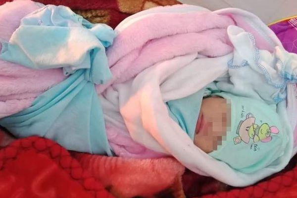 Nghệ An: Thêm bé sơ sinh bị bỏ rơi trong đêm giá rét