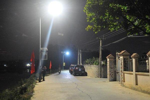 Thắp sáng nông thôn bằng điện năng lượng mặt trời