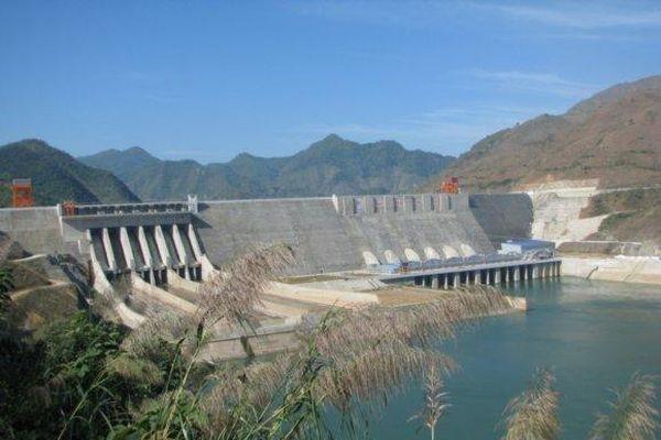 Phó Thủ tướng Trình Đình Dũng: Phải đảm bảo phát triển thủy điện mà không phá môi trường