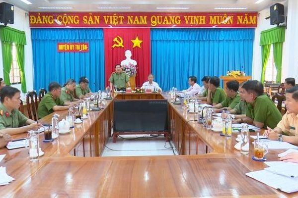 An Giang: Sơ kết 1 tháng thực hiện kế hoạch đấu tranh với tội phạm, tệ nạn xã hội và ma túy trên địa bàn huyện Tri Tôn