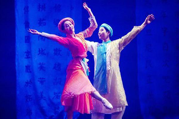 Những cung bậc cảm xúc khó quên khi xem kịch múa