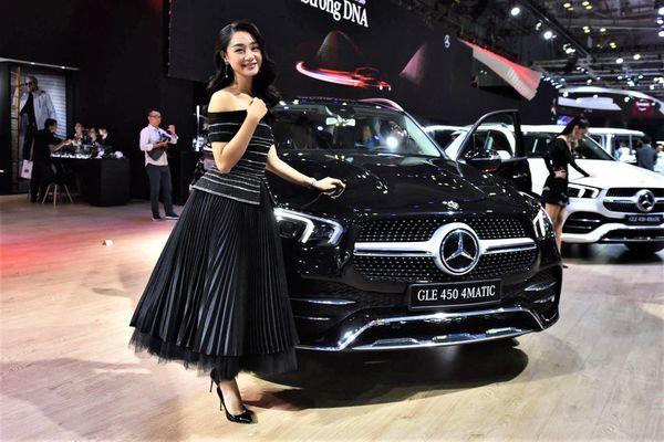 Mercedes-Benz là hãng xe sang bán chạy nhất thế giới trong năm 2020