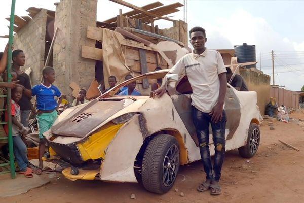 Chàng trai chế ôtô từ phế liệu giá rẻ