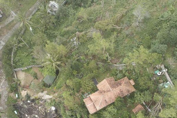 'Biệt phủ' mọc tự nhiên trong danh thắng quốc gia Ghềnh Ráng: Buộc khôi phục tình trạng ban đầu