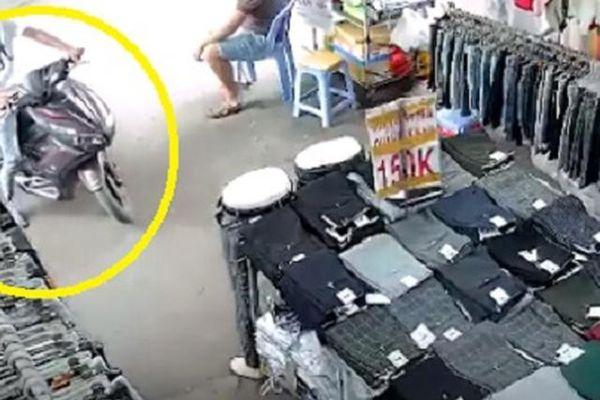 Nam thanh niên xin làm nhân viên rồi trộm xe máy của chủ