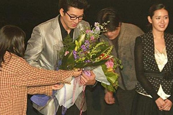 Bộ ảnh Son Ye Jin bị khán giả lơ đẹp không ai đếm xỉa, mặt buồn thiu thuở mới vào nghề hot trở lại, netizen xem đều buồn thay
