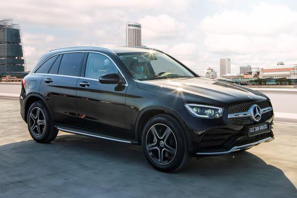 Mercedes-Benz tăng giá GLC 300 4MATIC nhưng cắt trang bị?