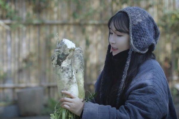 'Tiên nữ đồng quê' khơi lại cuộc chiến kim chi Trung – Hàn