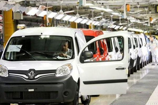 Doanh số bán xe của hãng Renault giảm mạnh trong năm 2020