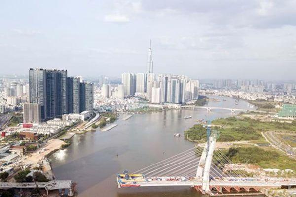 Cầu biểu tượng mới ở TP.HCM bắc qua sông Sài Gòn 'đứng hình' sau 5 năm khởi công