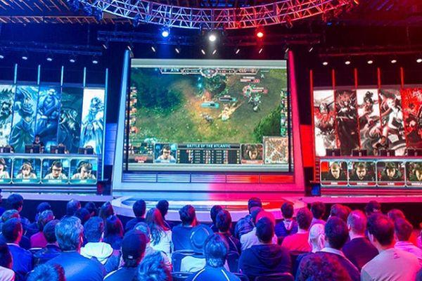 Từ năm 2021 sẽ tổ chức hệ thống giải đấu thể thao điện tử thường niên