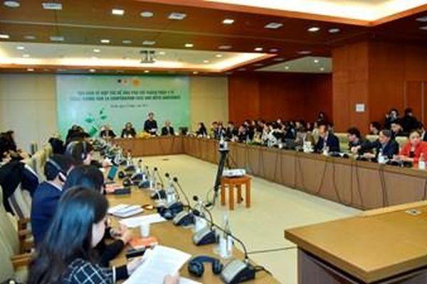 Việt Nam - Pháp: Hợp tác để ứng phó với thách thức y tế