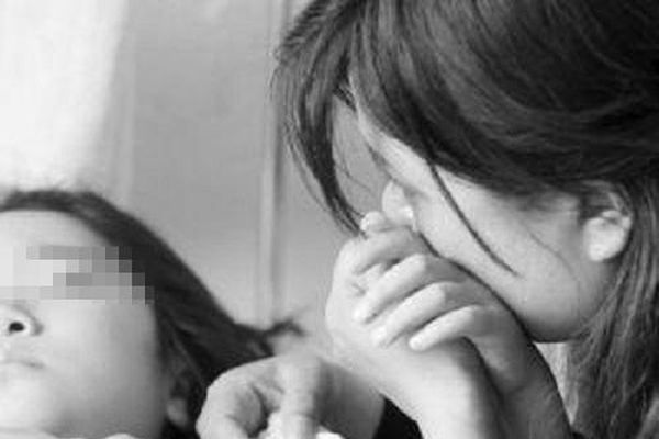 Bé gái 8 tuổi vỡ mạch máu não sau cái tát của mẹ, 6 bộ phận trên cơ thể trẻ cha mẹ cần tránh