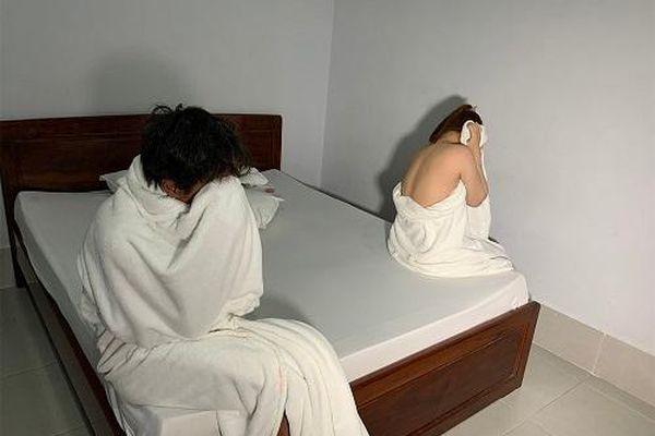 Đắk Nông : Bắt quả tang 14 đôi nam nữ mua bán dâm ở 2 cơ sở massage