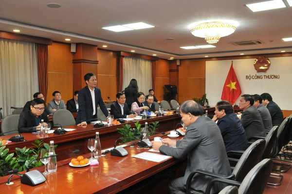 Bộ Công Thương ủng hộ việc xây dựng Hải Phòng thành trung tâm năng lượng