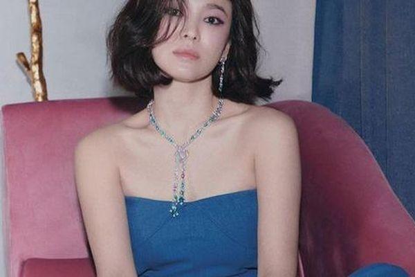 Câu trả lời thẳng thừng của Song Hye Kyo về tin đồn ngoại tình khiến Song Joong Ki đệ đơn ly hôn