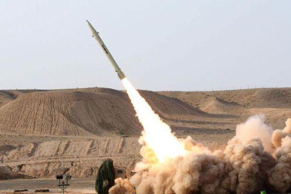 Iran thử nghiệm tên lửa đạn đạo và UAV mới trong cuộc tập trận quy mô lớn