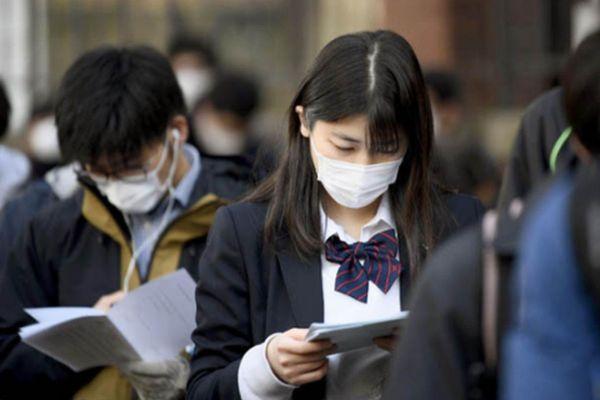 Nhiều học sinh Nhật Bản có nguy cơ trượt đại học vì Covid-19