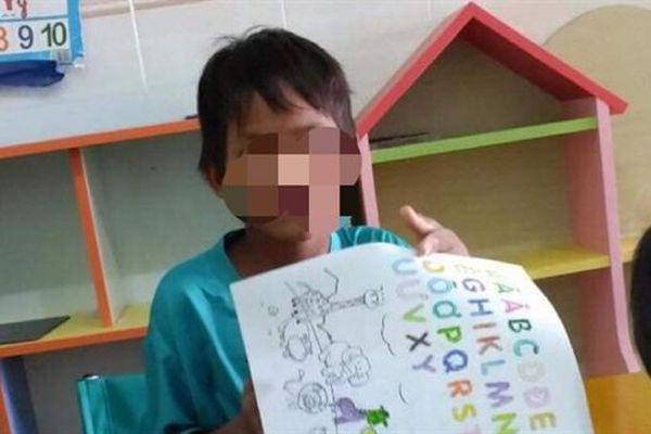 Bé 11 tuổi bắn gia đình chị gái: Rất thích đi học