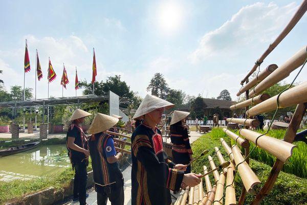 Ra mắt Khu du lịch Một thoáng Việt Nam