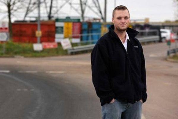 Hé lộ nguyên nhân khiến kỹ sư máy tính tự nguyện tặng 72 triệu USD chỉ để 'đào bãi rác'