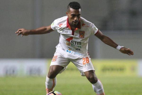Kinh hoàng trước pha bứt tốc ghi bàn như tên lửa của cầu thủ Indonesia