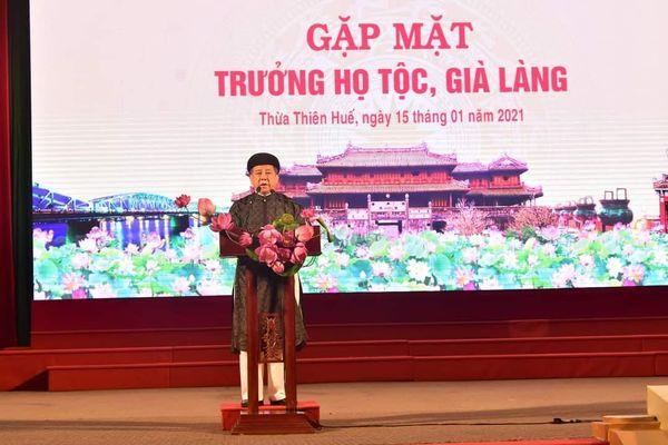 Thừa Thiên Huế: Chủ tịch tỉnh gặp mặt các trưởng họ tộc, già làng