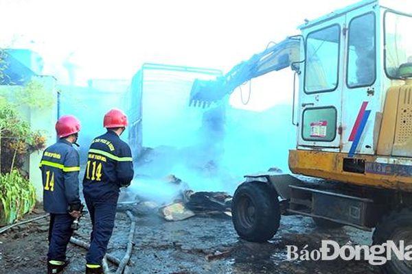 Cơ sở đồ gỗ ở phường Tân Biên bị thiêu trụi