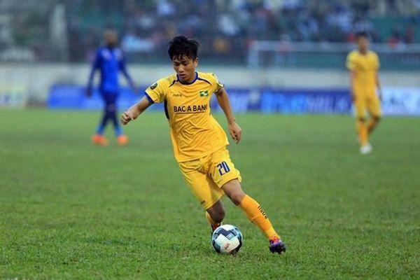 Phan Văn Đức cứu SLNA thoát thua trước tân binh V-League 2021
