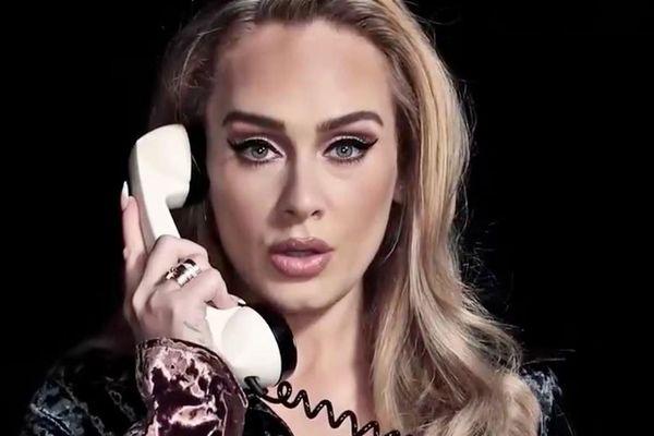 Adele thẳng tay xóa 2 MV tỉ view trên YouTube, 'siêu bão comeback' sắp đổ bộ?