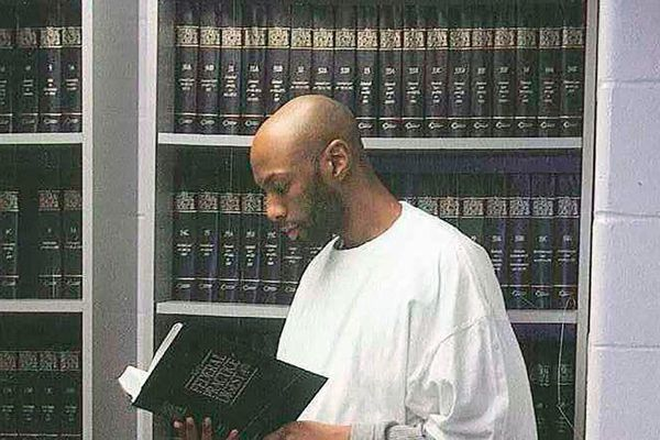 Thẩm phán Tòa Tối cao chỉ trích việc tử hình vào 'phút cuối' nhiệm kỳ