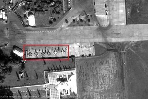 6 tiêm kích không xác định được nhìn thấy tại Hmeimim