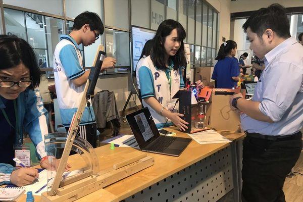 'Ngày hội Toán học mở 2021' thu hút gần 3000 sinh viên, học sinh
