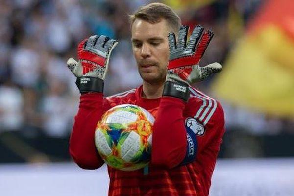 Manuel Neuer trở thành thủ môn xuất sắc nhất thập kỷ