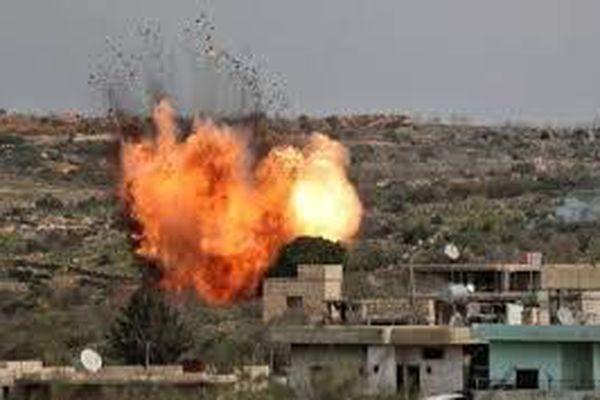 Clip: Kinh hoàng màn tên lửa khủng bố khiến binh sĩ Syria thương vong