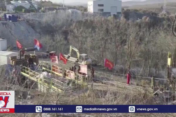 Phát hiện dấu hiệu sự sống trong vụ sập mỏ vàng ở Trung Quốc