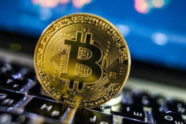 Anh: Ném 7.500 đồng Bitcoin trong ổ cứng thất lạc, kỹ sư IT bỏ 70 triệu USD xin bới rác tìm lại