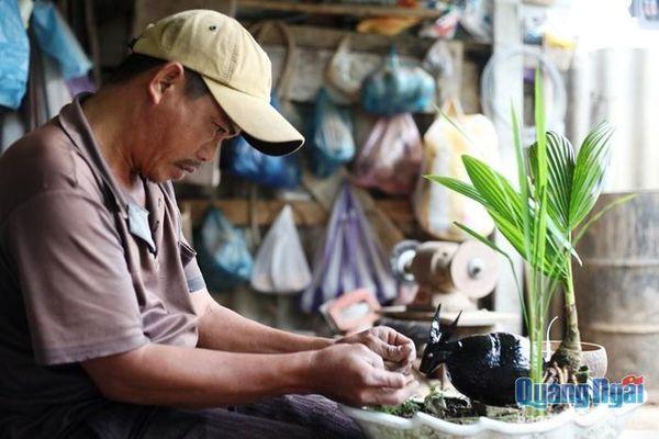 Độc đáo bonsai dừa tạo hình con trâu đón Tết Tân Sửu