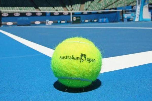 Australian Open điêu đứng vì dịch bệnh