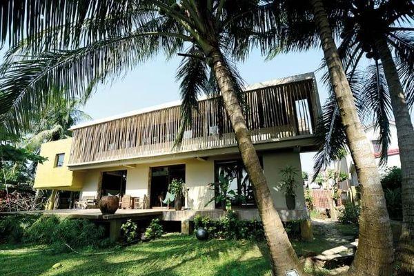 Ngôi nhà Tây ở làng chài xứ Quảng