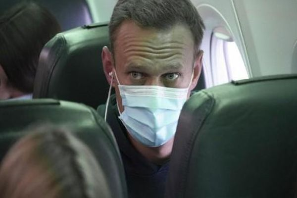 Chính khách đối lập Alexey Navalny bị bắt ngay khi về Nga, EU lập tức lên tiếng phản đối