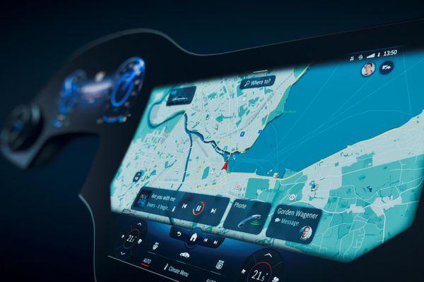Mercedes-Benz vén màn hệ thống giải trí MBUX thế hệ mới, kích thước và công nghệ tích hợp là điểm nhấn